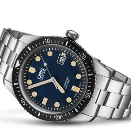 01 733 7720 4055-07 8 21 18 ORIS SIXTY-FIVE 42 mm